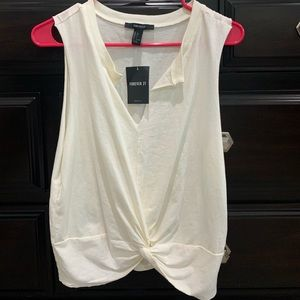 Forever 21 tee. Cream colored. Size large. NWT.